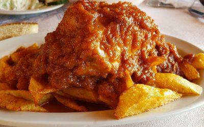 Chicken casserole (kotopoulo katsarolas)